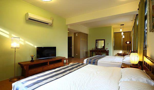 room_photo_w2